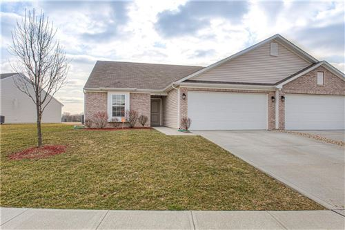 Photo of 6413 Emerald Springs Drive, Indianapolis, IN 46221 (MLS # 21695539)