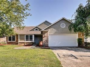 8733 Spend A Buck Court, Indianapolis, IN 46217 - #: 21688541