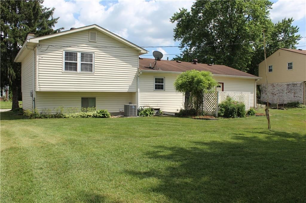 Photo of 102 Picadilly Road, Brownsburg, IN 46112 (MLS # 21722544)