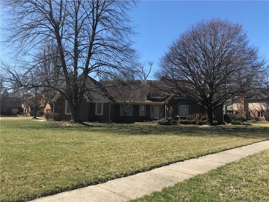 6560 Forrest Commons Boulevard, Indianapolis, IN 46227 - #: 21702548