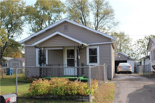 Photo of 2551 South Lockburn Street, Indianapolis, IN 46241 (MLS # 21748549)