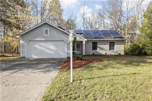 Photo of 150 Hickorywood Court, Brownsburg, IN 46112 (MLS # 21750549)