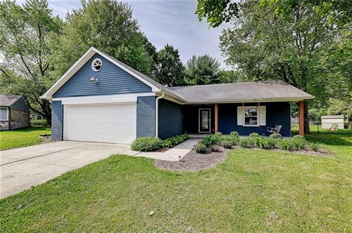Photo of 8050 Hollow Creek Court, Indianapolis, IN 46268 (MLS # 21786550)
