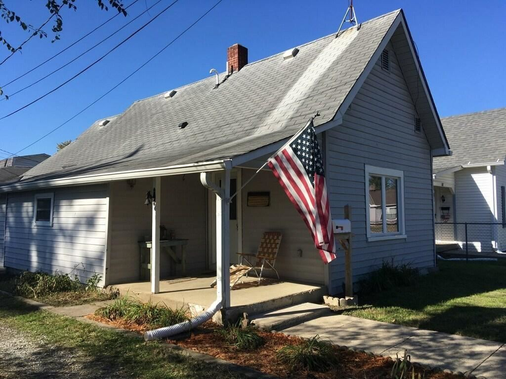 590 South Ohio Street, Martinsville, IN 46151 - #: 21737550