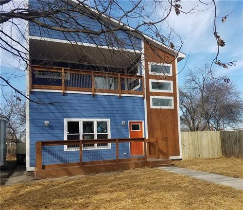 Photo of 2212 Woodlawn Avenue, Indianapolis, IN 46203 (MLS # 21700551)