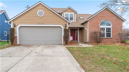 Photo of 7730 GEIST ESTATES Court, Lawrence, IN 46236 (MLS # 21684552)