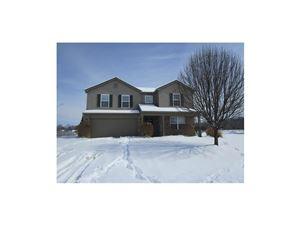 Photo of 1354 Blue Ridge, Brownsburg, IN 46112 (MLS # 21540558)