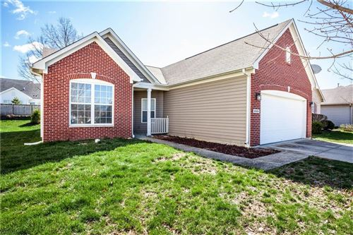 Photo of 8909 North White Tail Trail, McCordsville, IN 46055 (MLS # 21702559)