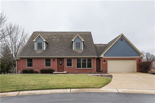 Photo of 998 North High Meadow Court, Greenwood, IN 46142 (MLS # 21687561)