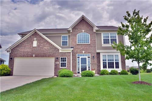Photo of 2687 Mickelson Drive, Brownsburg, IN 46112 (MLS # 21716561)