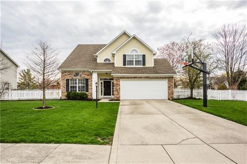Photo of 10811 Lexington Drive, Indianapolis, IN 46280 (MLS # 21703562)