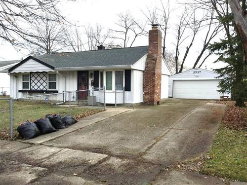 Photo of 2537 North Routiers Avenue, Indianapolis, IN 46219 (MLS # 21703566)