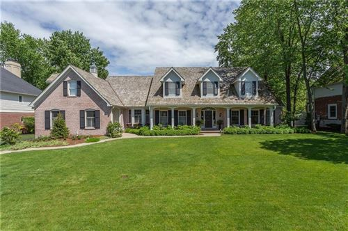 Photo of 9041 DIAMOND POINTE DR, Indianapolis, IN 46236 (MLS # 21716566)