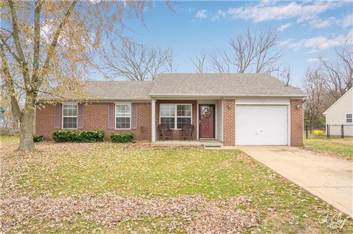 Photo of 8482 North Burbrink Drive, Columbus, IN 47201 (MLS # 21681570)