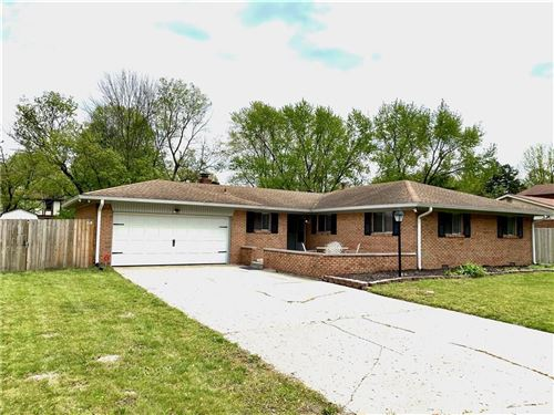 Photo of 6119 Munsee Lane, Indianapolis, IN 46228 (MLS # 21709572)