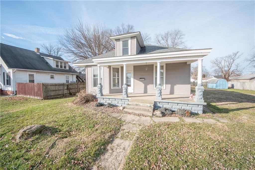 1420 Chestnut Street, Columbus, IN 47201 - #: 21688579