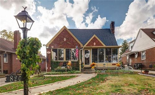 Photo of 820 Lesley Avenue, Indianapolis, IN 46219 (MLS # 21748580)