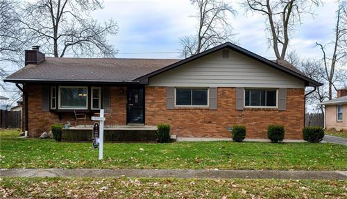 Photo of 8618 East SKYWAY Drive, Indianapolis, IN 46219 (MLS # 21754584)