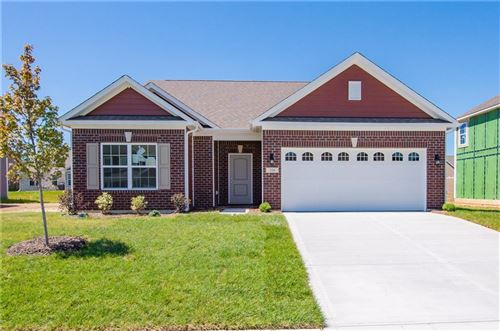 Photo of 228 Caplinger Place, Greenwood, IN 46143 (MLS # 21728585)