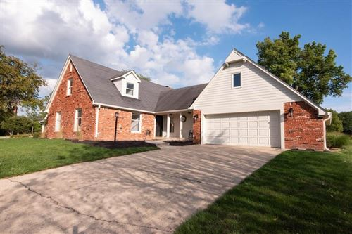 Photo of 3163 Fairway Court, Greenwood, IN 46143 (MLS # 21731586)