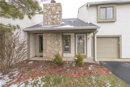 Photo of 2418 Spring Hill Court, Indianapolis, IN 46268 (MLS # 21697592)