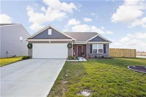 Photo of 3003 West Broderie Lane, Monrovia, IN 46157 (MLS # 21754596)