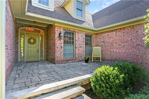 Photo of 4899 Austin Trace, Zionsville, IN 46077 (MLS # 21811597)