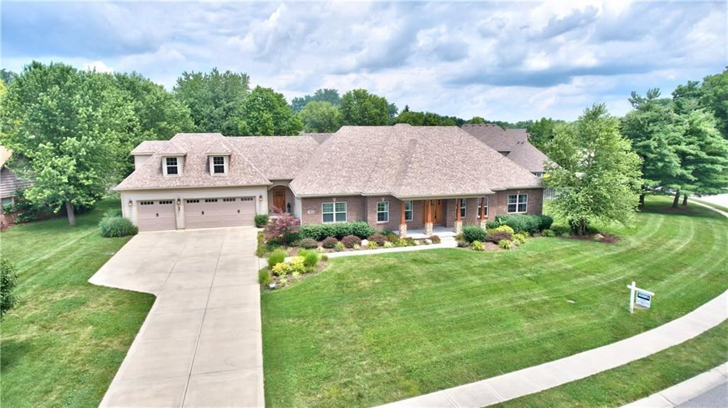 Photo of 12958 FAWNS DELL Place, Fishers, IN 46038 (MLS # 21683597)