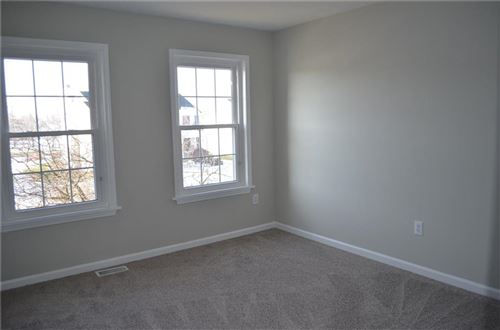 Tiny photo for 11210 Hickory Lake Lane, Indianapolis, IN 46235 (MLS # 21686600)