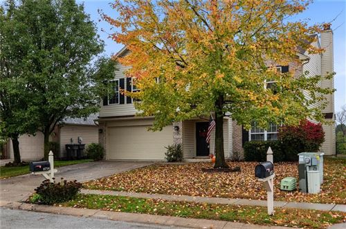 Photo of 6714 East Southern Cross Drive, Indianapolis, IN 46237 (MLS # 21748601)