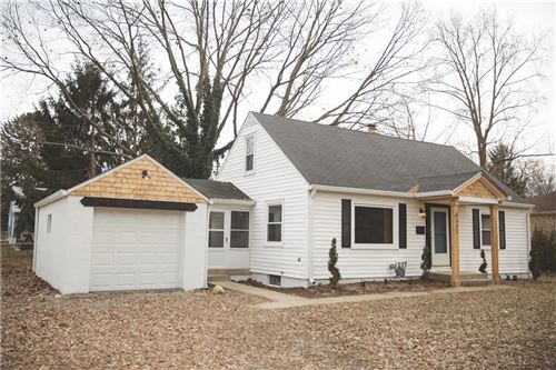 Photo of 6327 Maple Drive, Indianapolis, IN 46220 (MLS # 21684611)
