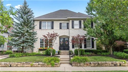 Photo of 6715 West Stonegate Drive, Zionsville, IN 46077 (MLS # 21725612)