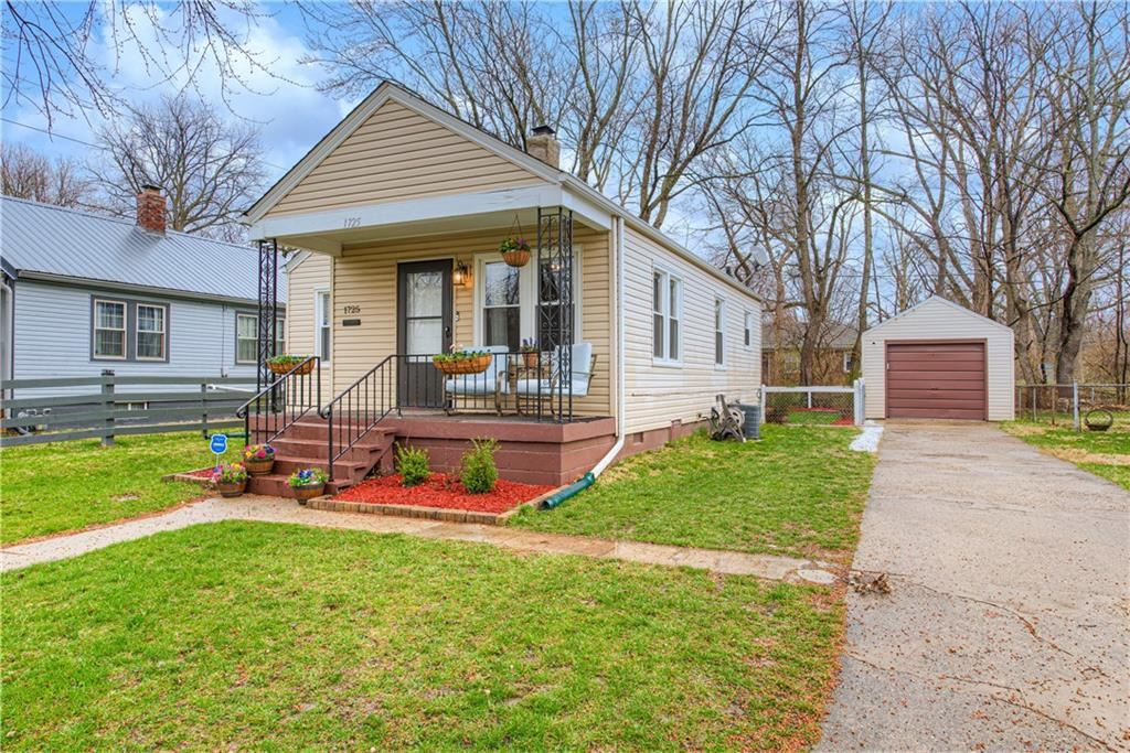 Photo of 1725 North Bosart Avenue, Indianapolis, IN 46218 (MLS # 21776614)