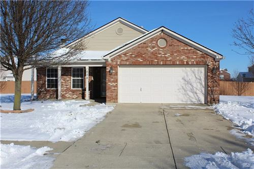 Photo of 658 WESTPORT Drive, Brownsburg, IN 46112 (MLS # 21686618)