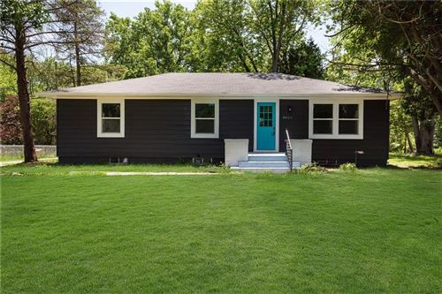 Photo of 9025 E 13th Street, Indianapolis, IN 46229 (MLS # 21791620)