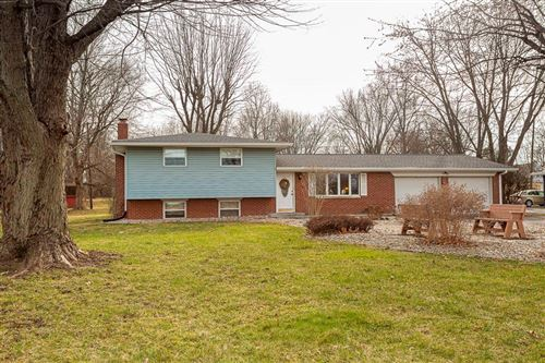Photo of 1037 West Main Street, Greenwood, IN 46142 (MLS # 21760621)