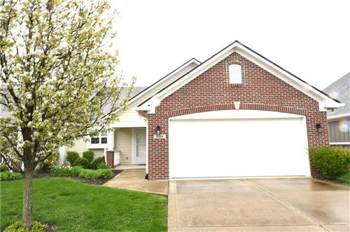 Photo of 1581 East Leisure E Way, Greenfield, IN 46140 (MLS # 21680624)