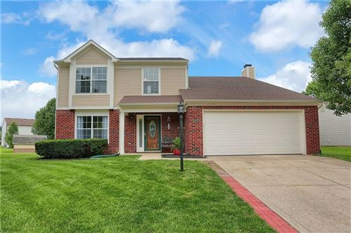 Photo of 7921 Willow Wind Circle, Indianapolis, IN 46239 (MLS # 21731626)