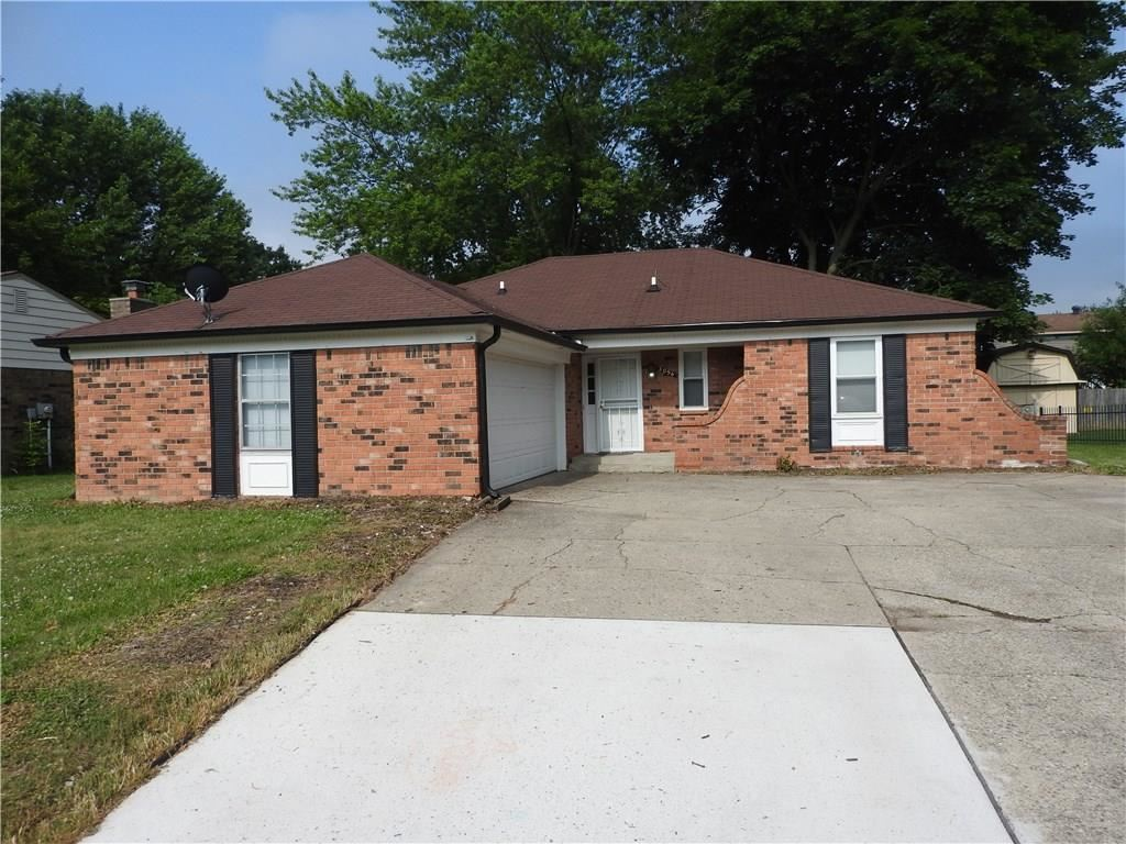 Photo of 3056 North Osceola Lane, Indianapolis, IN 46235 (MLS # 21720630)