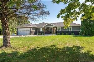Photo of 3413 North Fortville, Greenfield, IN 46140 (MLS # 21664631)