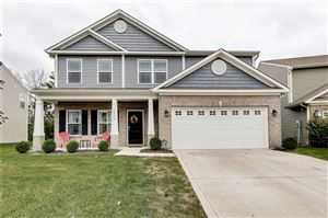 Photo of 6242 Emerald Field, Indianapolis, IN 46221 (MLS # 21675636)