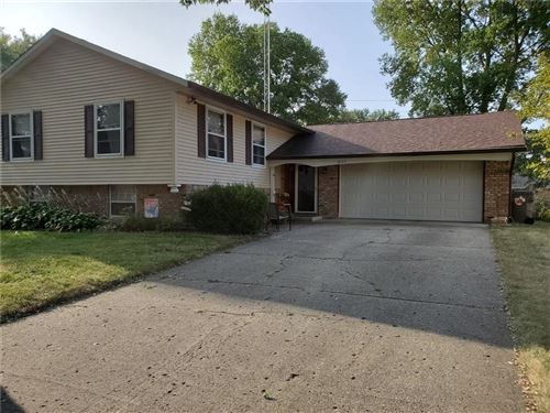 Photo of 3605 Poinsettia Drive, Indianapolis, IN 46227 (MLS # 21737636)