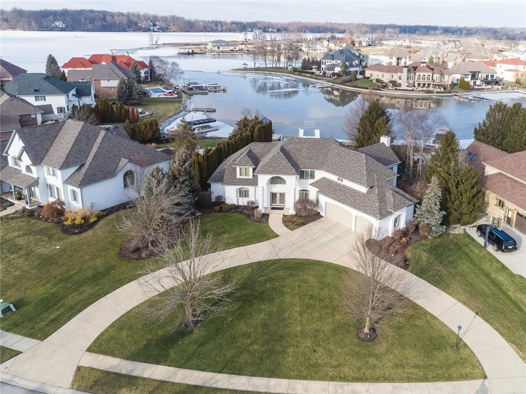 Photo of 12932 Rocky Pointe Road, Fishers, IN 46055 (MLS # 21690637)