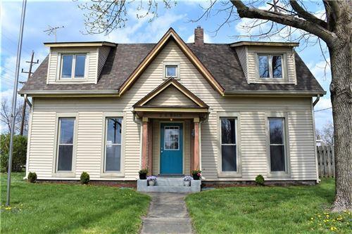 Photo of 2 East Main Street, Greenwood, IN 46143 (MLS # 21776641)