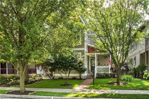 Photo of 2253 North Talbott Street, Indianapolis, IN 46205 (MLS # 21731646)