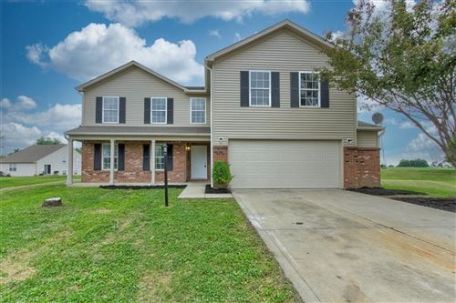 Photo of 10304 LYRIC Drive, Indianapolis, IN 46235 (MLS # 21794646)
