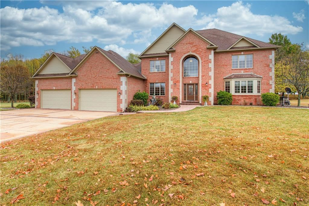 Photo of 5555 South County Road 200 W, Clayton, IN 46118 (MLS # 21746647)