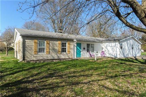 Photo of 600 East Pearl Street, Greenwood, IN 46143 (MLS # 21776650)