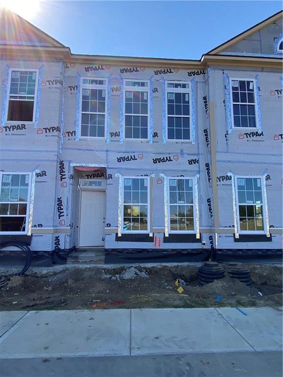 Photo of 954 Kinzer Avenue, Carmel, IN 46032 (MLS # 21744650)