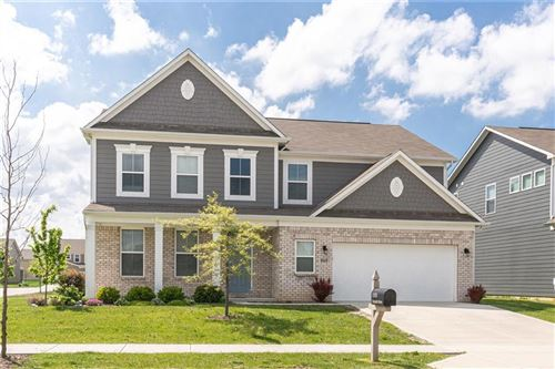Photo of 15701 Eastpark Drive, Noblesville, IN 46060 (MLS # 21711651)